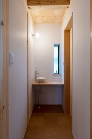 岡庭建設施工事例2 洗面
